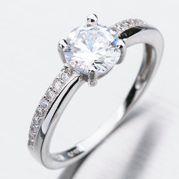 Stříbrný prsten se zirkony GST-11321