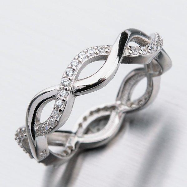 Stříbrný prsten se zirkony GST-11318