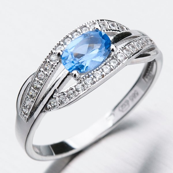 Zlatý prsten s akvamarínem a zirkony 11-279