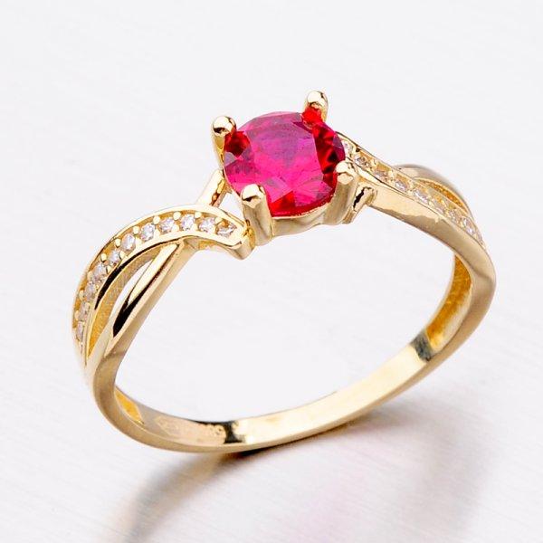 Zlatý prsten s rubínem 11-289