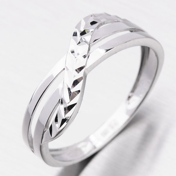 Zlatý dámský prsten 116P-110506