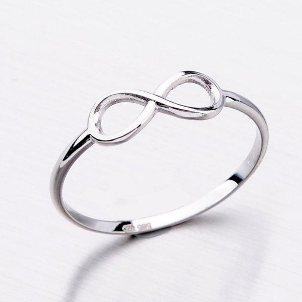 Zlatý dámský prsten 11-301