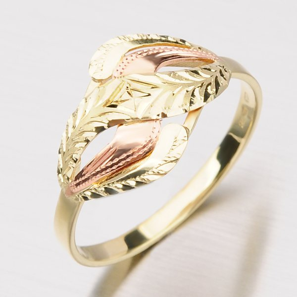 Zlatý prsten 51P-180