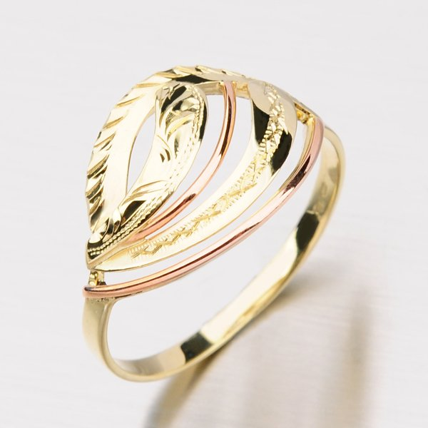Zlatý prsten 51P-525