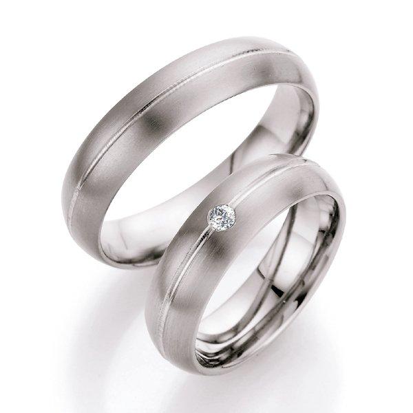 Titanové snubní prsteny s diamantem T708B