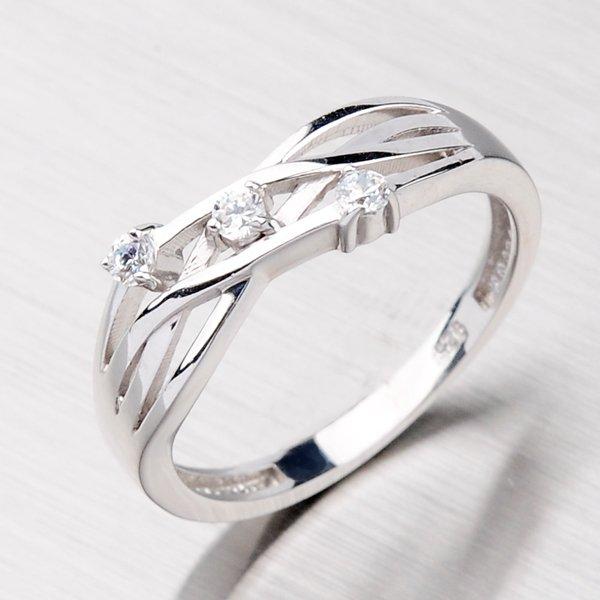 Stříbrný prsten se zirkony XXCR04236-RD-FCZ