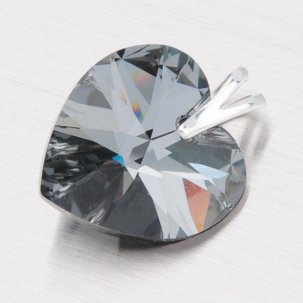 Stříbrný přívěsek s krystalem D143Č