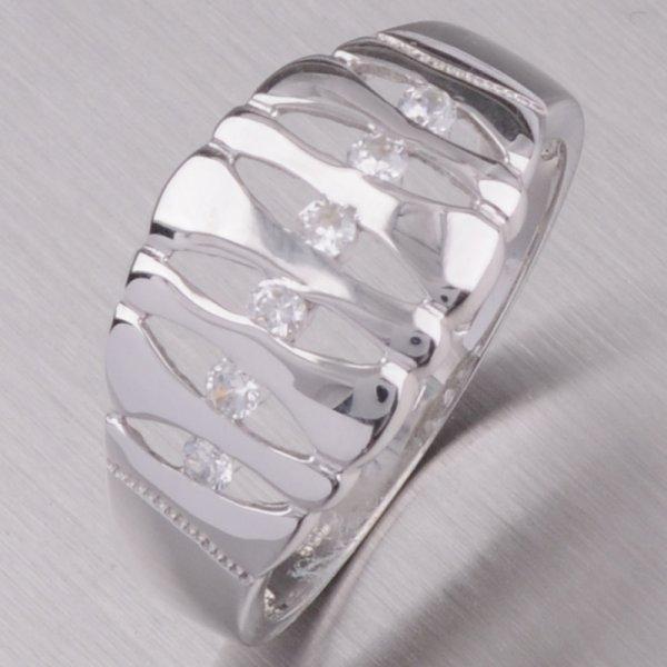 Zlatý prsten se zirkony 41-NP92B