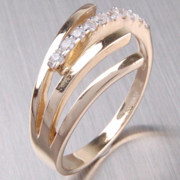 Zlatý prsten se zirkony 2-316